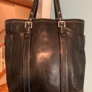 Coach Vintage Leather Tote No. G3Q-9779